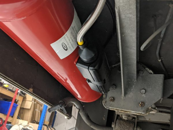 Red Torpedo Underbody Refillable LPG Tank System